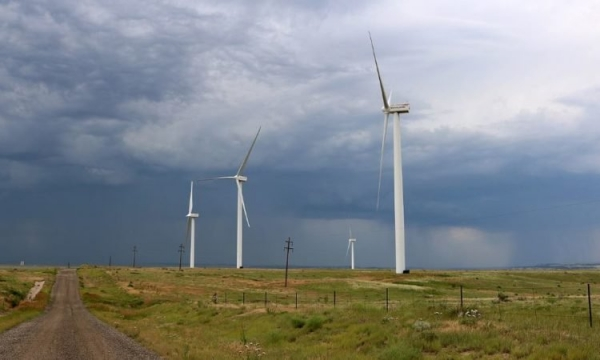 wind-farms-750x450